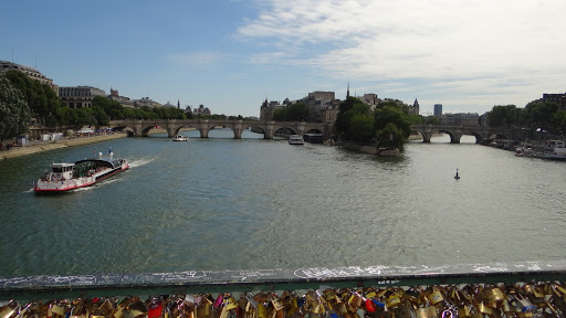 Paris Seine Pont des Arts Locks